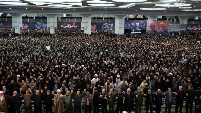 la prière du vendredi dirigée par le Guide suprême de la Révolution Islamique4
