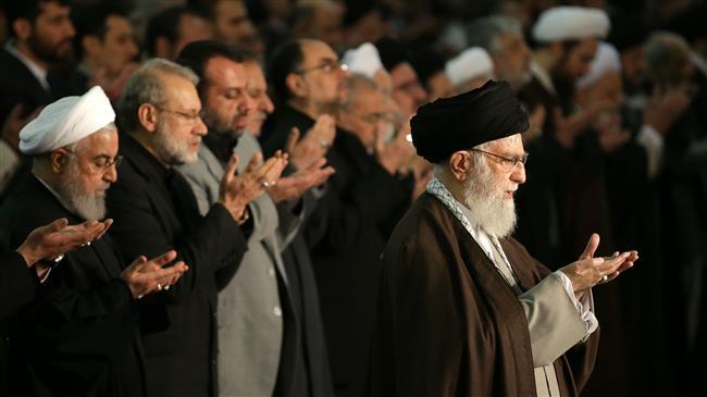 la prière du vendredi dirigée par le Guide suprême de la Révolution Islamique6