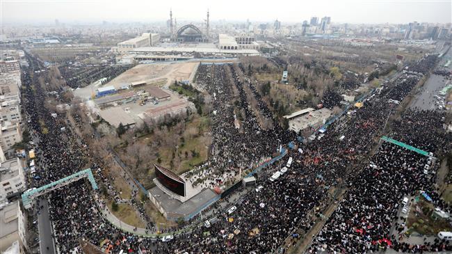 la prière du vendredi dirigée par le Guide suprême de la Révolution Islamique7