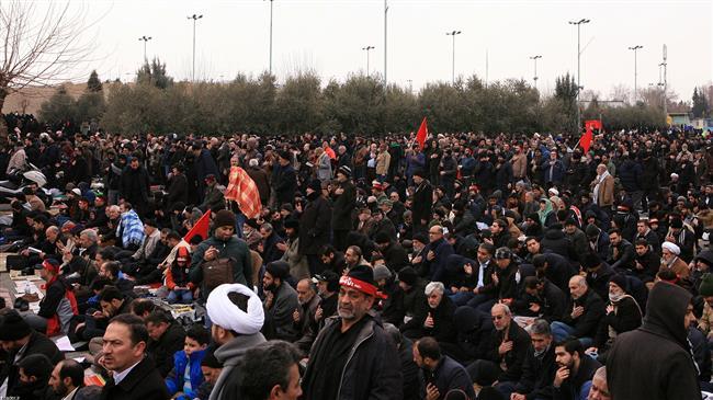 la prière du vendredi dirigée par le Guide suprême de la Révolution Islamique9