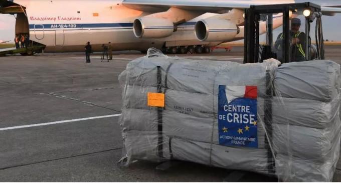 La France envoie sa deuxième livraison médicale pour aider l'Iran