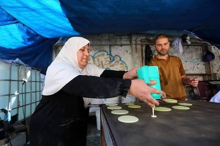 Voici Oum Eyad Salha, une palestinienne de 55 ans, de Deir El Balah dans la bande de Gaza6