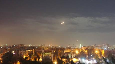 Les défenses aériennes syriennes font face à une nouvelle attaque de l'armée israélienne sur Damas