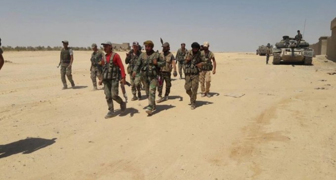L'armée syrienne lance une opération massive dans le désert pour éliminer les cellules de Daesh
