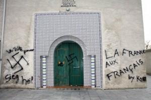 croix-gammee-mosquee
